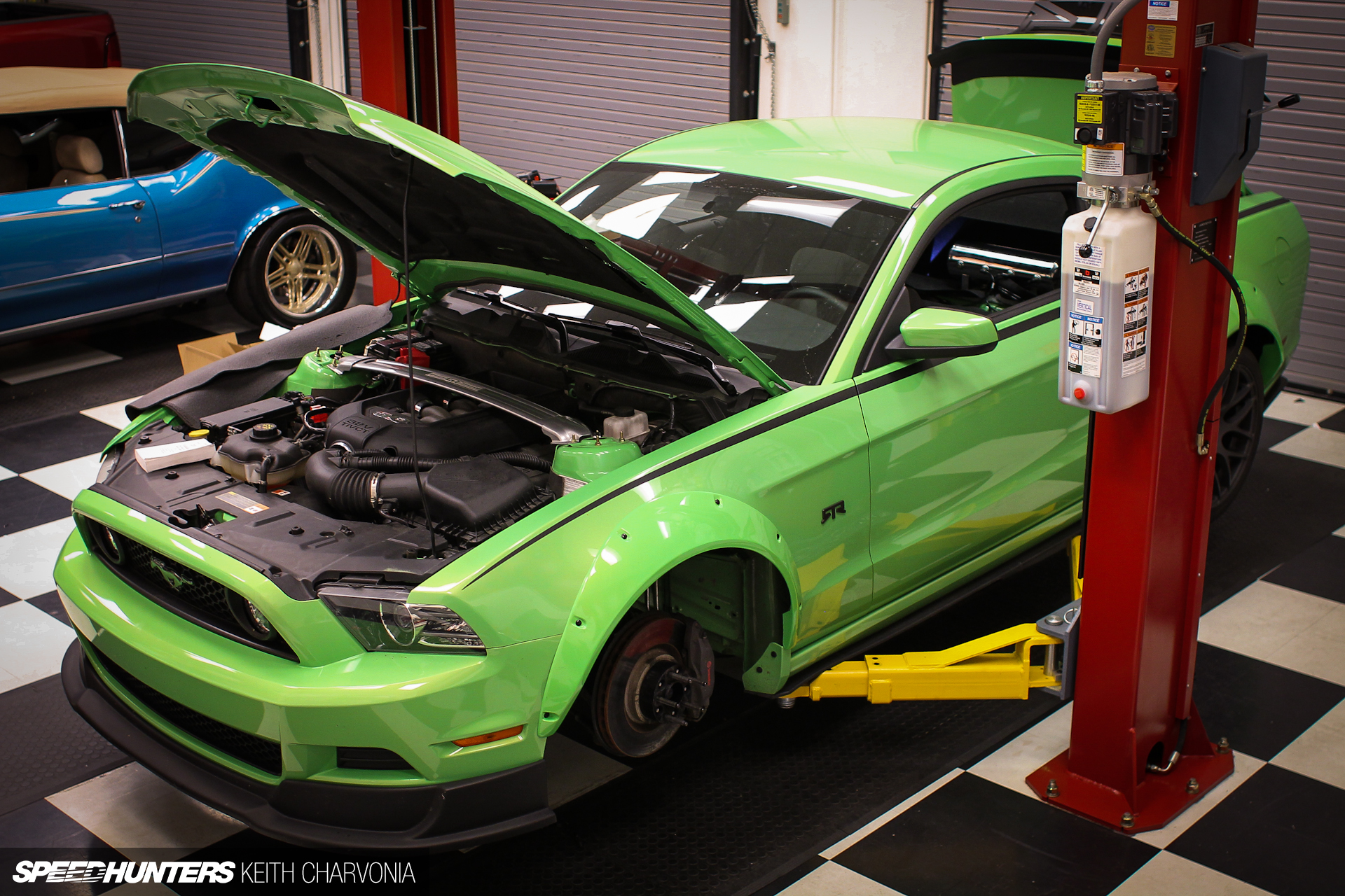 Installing Air Lift on the 'Double Down' Mustang RTR