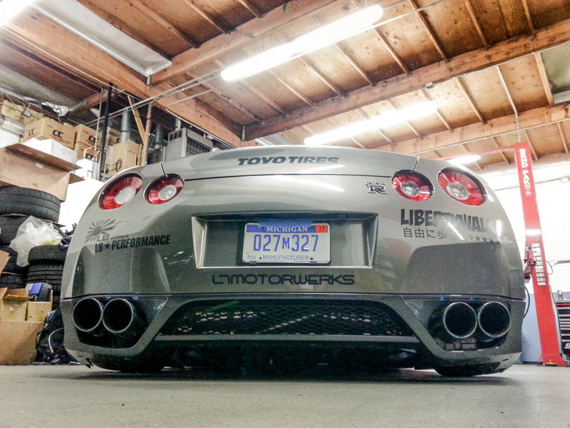Air Lift Performance x LB Performance Nissan GT-R!