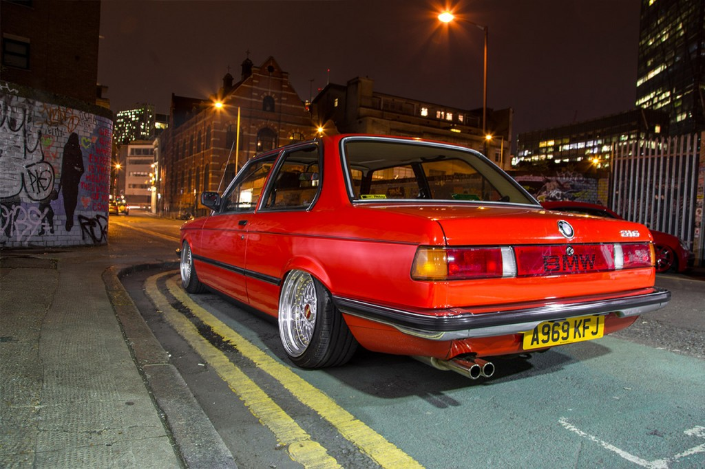BMW E21 on Air Lift Performance