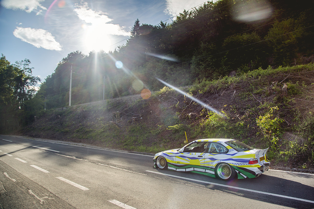 BMW E36 323i Air Lift Performance air suspension