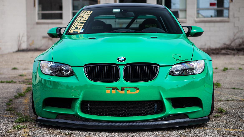 BMW E9X M3 on Air Lift Performance air suspension