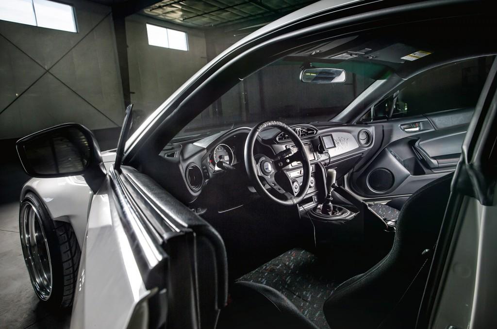 BRZ-interior