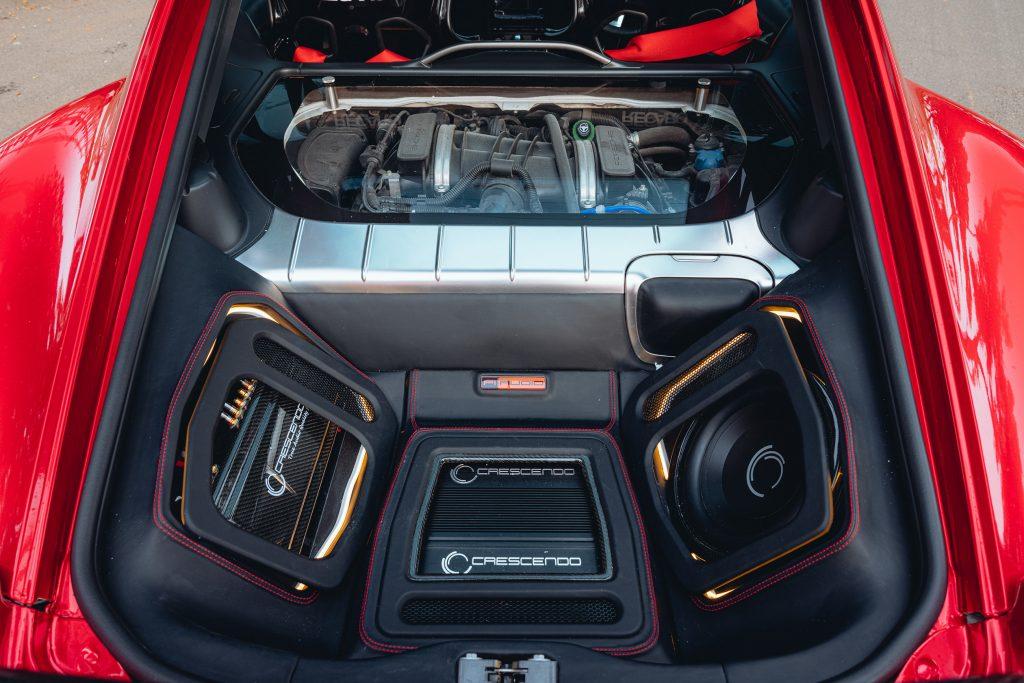 Karma Porsche 987 - stereo install overall
